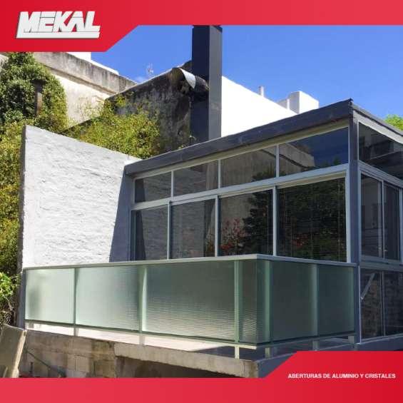 Barandas de vidrio y aluminio